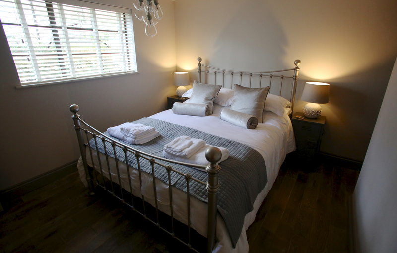 Luxury self catering holiday cottage for 4 at Downside House, Chilcompton13