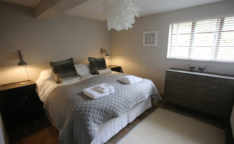 Luxury self catering holiday cottage for 4 at Downside House, Chilcompton14