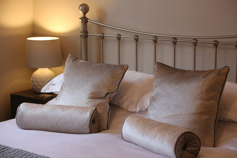 Luxury self catering holiday cottage for 4 at Downside House, Chilcompton15