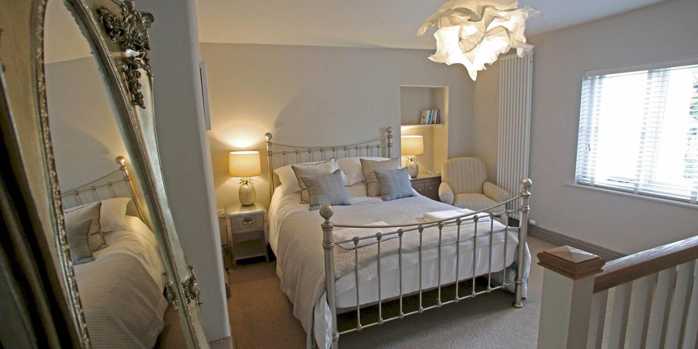 Luxury holiday cottage bedroom