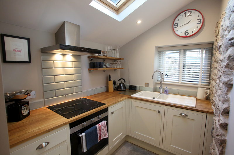 Luxury self catering holiday cottage for 2 at Downside House, Chilcompton6