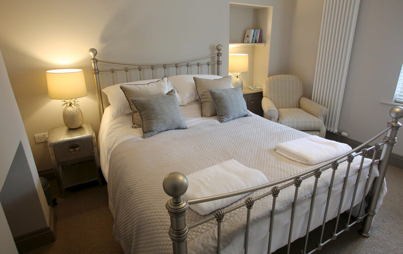 Luxury self catering holiday cottage for 2 at Downside House, Chilcompton17